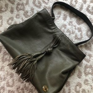 Vince Camuto olive green leather hobo EUC